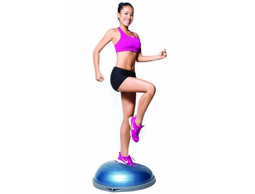 Tập Aerobic giảm mỡ bụng - chạy nâng cao đùi tại chổ